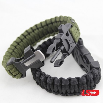 4 in 1 Multifunctional Outdoor Paracord Survival Bracelets With Whistle