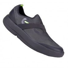 Men's Oofos OOmg Low Slip-On Recovery Shoe